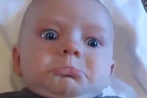 Bebés Que Se Asustan Con Sus Peos