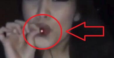 Cómo Consume Este Cigarro Esta Chica