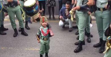 yoel extremera el niño legionario