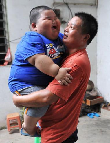 niño chino gordo