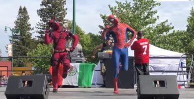 deadpool y spiderman bailando shake it off